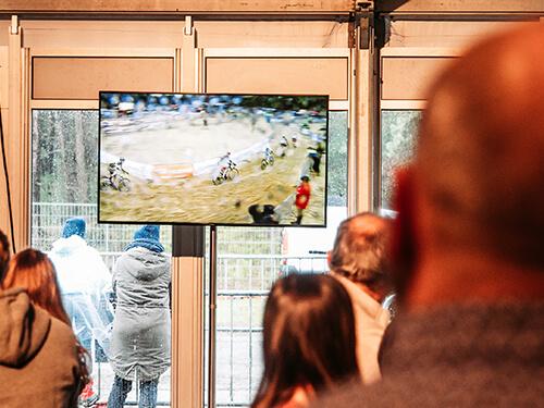TV-scherm-cyclocross