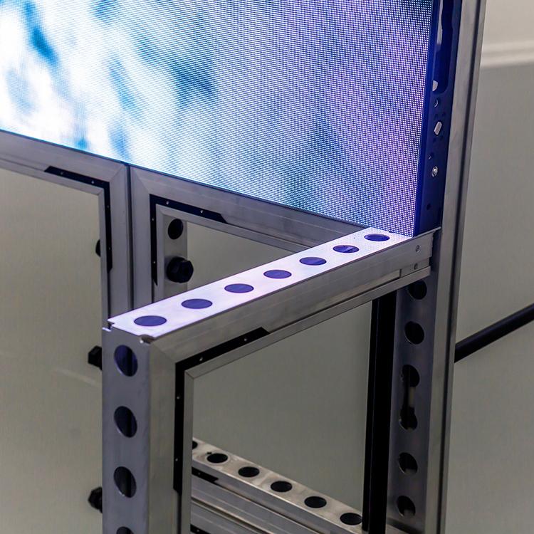 profielsysteem-met-gaten-LED-schermen